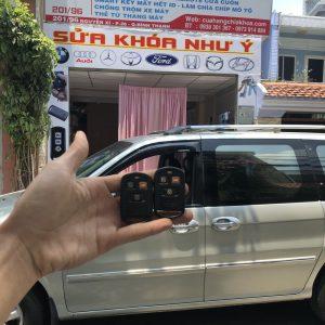 Cửa hàng chuyên làm chìa khóa xe ô tô xe hơi, Xuất hóa đơn đỏ, bảo hành 24 tháng