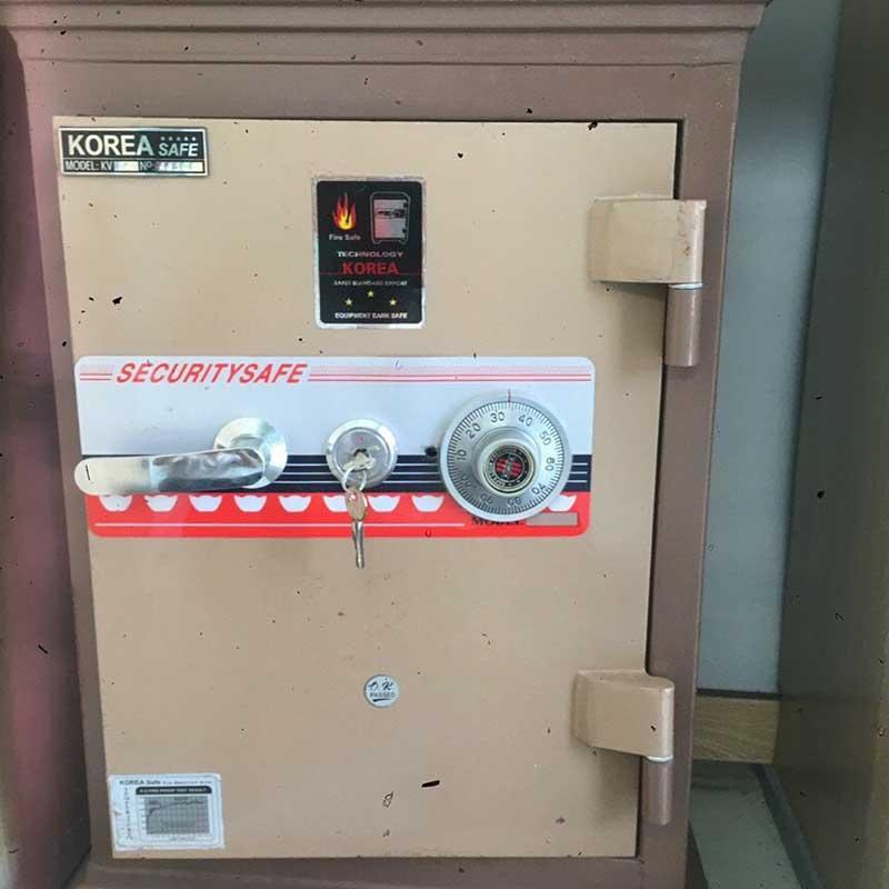 Công ty mở khóa két sắt, sửa khóa két sắt có chìa, có mã số nhưng không mở được két