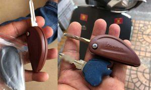 Sửa khóa xe Vespa tận nơi, làm lại chìa khóa Vespa mất hết chìa uy tín, giá rẻ, đẹp.
