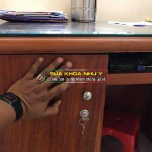 Lắp khóa tủ Thay ổ khóa tủ văn phòng VAT