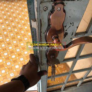 sửa khóa cửa thay khóa cửa tại nhà