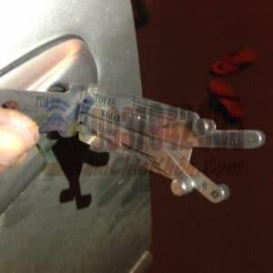 Mở khóa xe Camry bằng cây mở chuyên dụng Lishi ông già TOY48 uy tín ko hư ổ giá lại rẻ