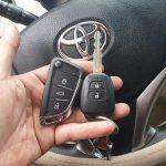 Làm chìa khóa xe Vios độ chìa khóa gập xe Vios uy tín giá rẻ